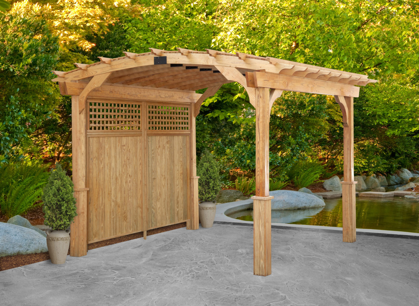 Pergola with lattice back