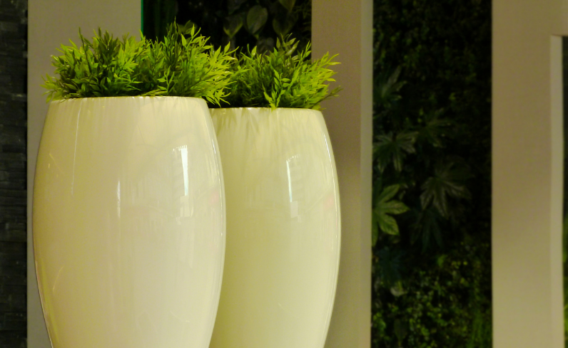 outdoor privacy planters