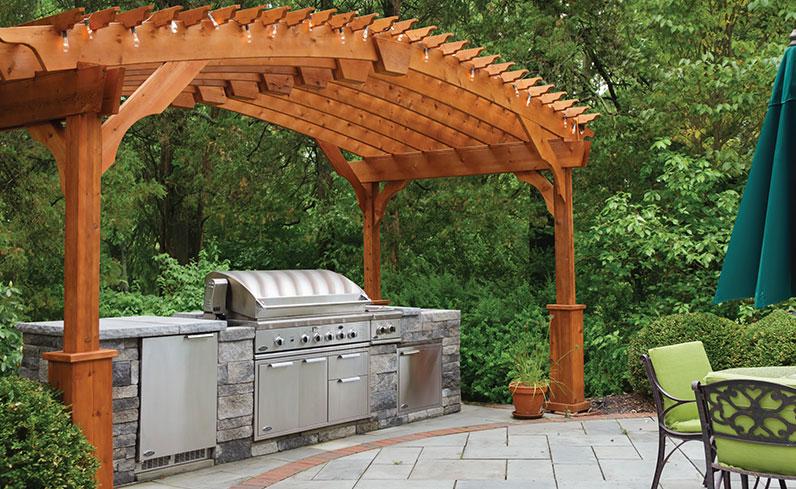 resort style backyard grilling station